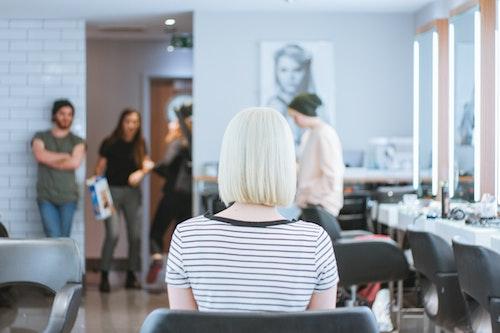 新卒で美容室に就職する前に美容師の専門用語教えます。